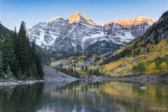 Maroon Bells,autumn,Maroon Lake,Colorado